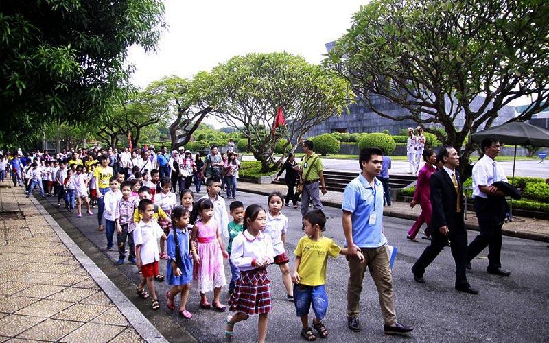 Nêu cao tinh thần dân tộc, khám phá nét đẹp văn hóa của học sinh